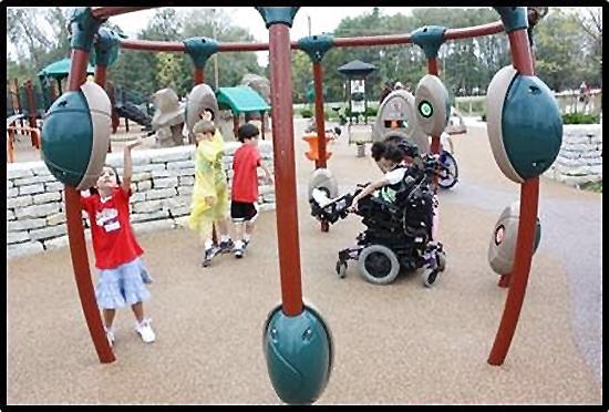 universal-design-accessible-playground-equipment
